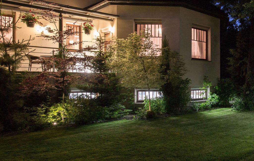 villa-with-patio-l